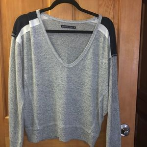 Light Vneck Sweater with shoulder accents